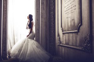 כאבי בטן לפני החתונה: איך תוכלו להקל במהירות?