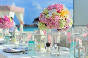 מדריך לזוגות: איך מארגנים חתונה טבעונית שתדהים את האורחים